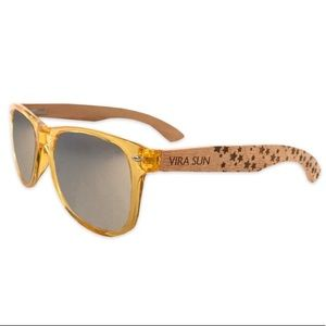 VIRA SUN sunglasses - translucent gold